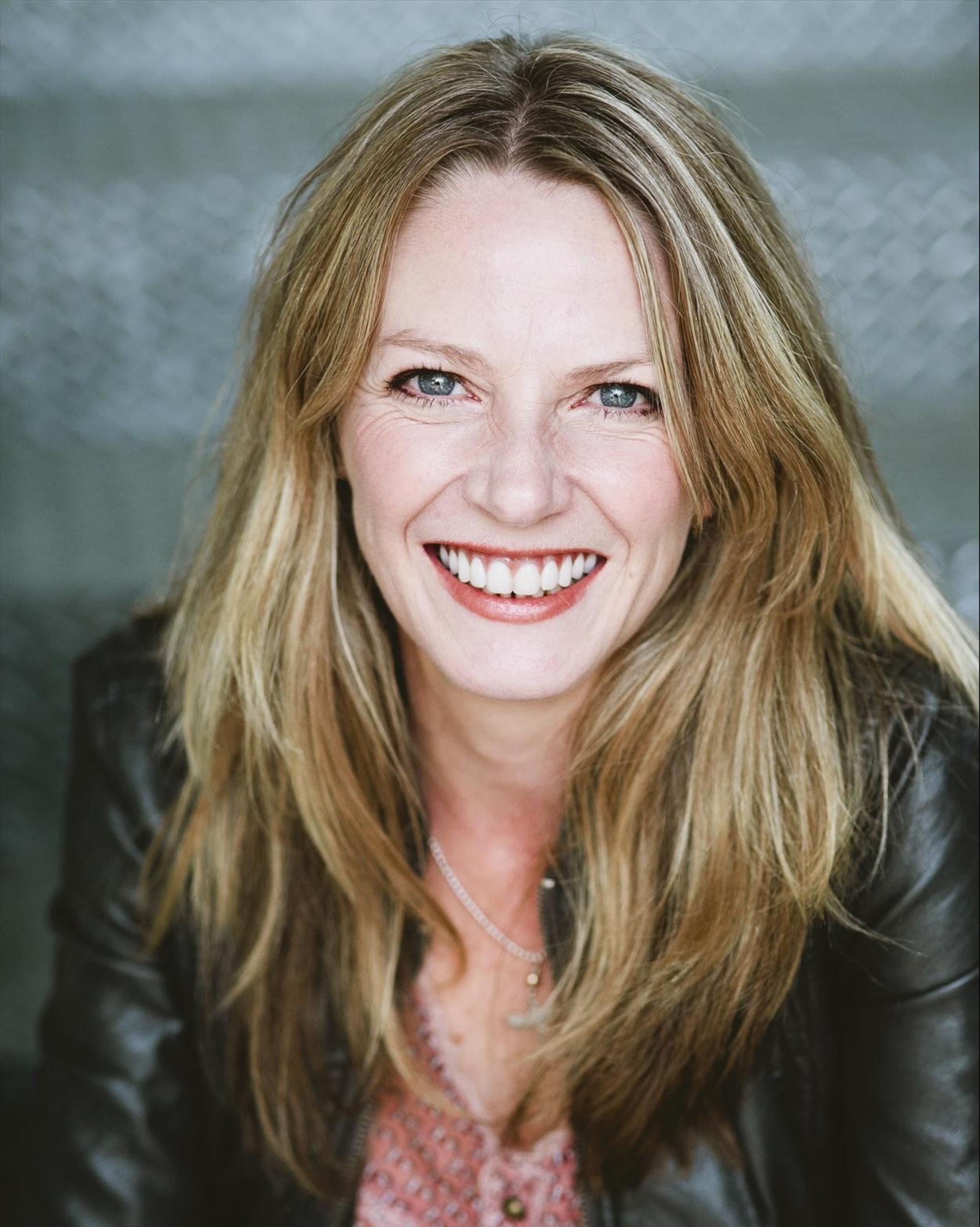 Lucinda Cowden