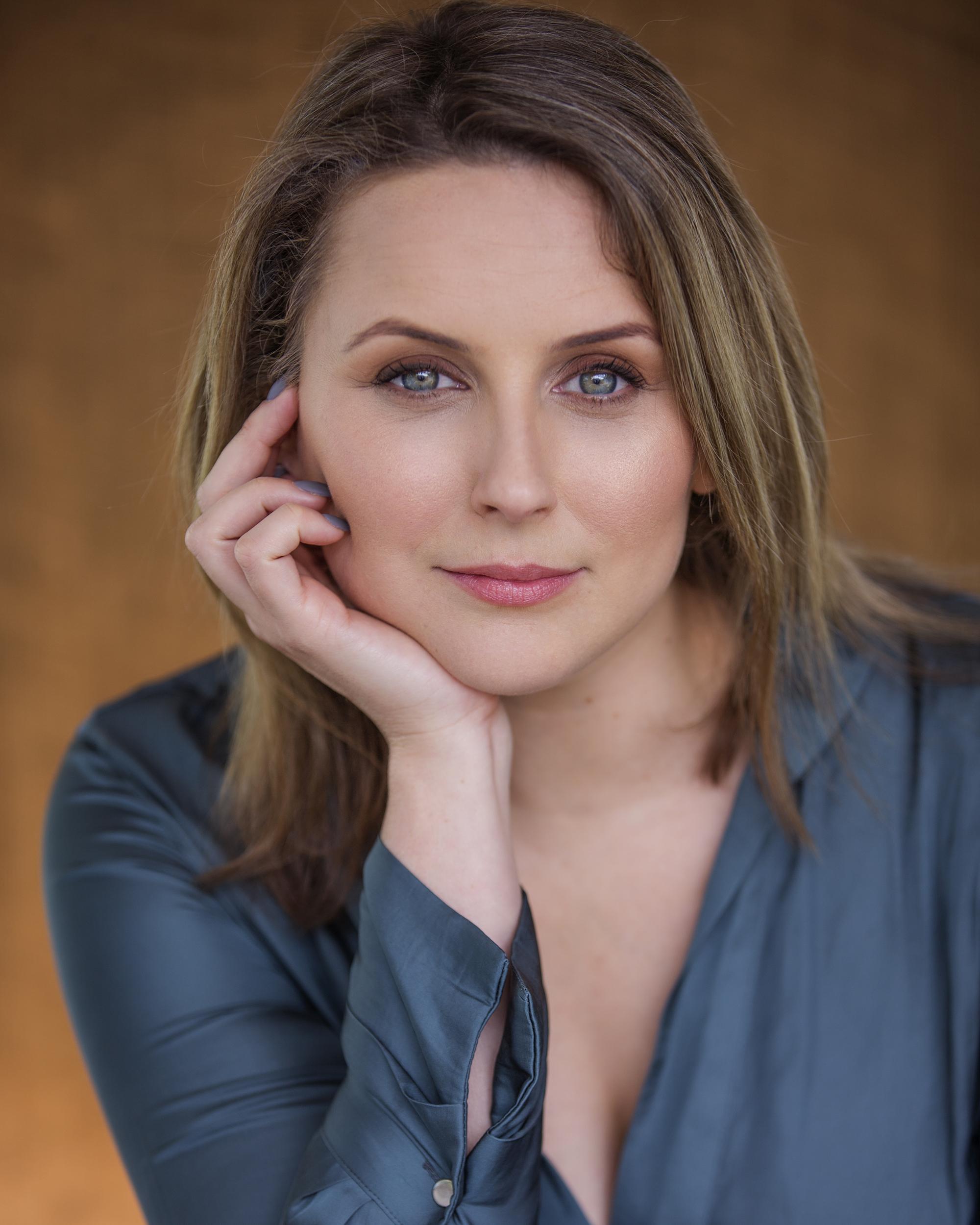 Lizzie Moore