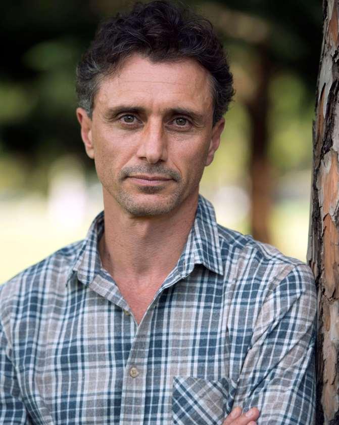 Steve Vella